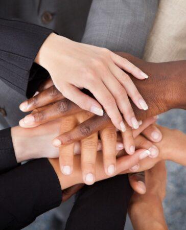 É tempo das lideranças assumirem o seu compromisso inegociável com a sociedade